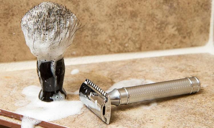 Как бриться безопасной бритвой