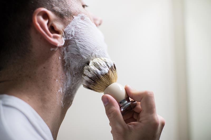 Почему помазок для бритья делает бритье другим?